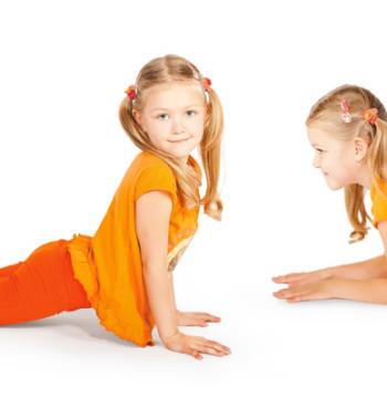 Начало занятий по детской йоге.