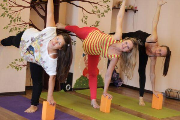 Йога для беременных юлия панченко 85