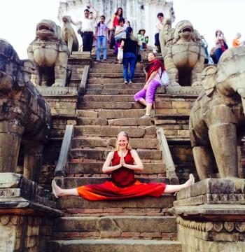 Little Buddha — 20 апреля (Универсальная Йога и буддистские практики. Непал)